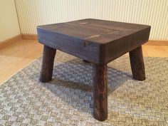 Jakkara ~ Taltta, vasara ja puupää Bench, Rustic, Cool Stuff, Stools, Wood, Table, Furniture, Home Decor, Country Primitive