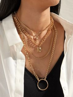 Layered Chain Necklace, Chunky Chain Necklaces, Layered Chains, Letter Pendant Necklace, Stacked Necklaces, Necklace Sizes, Tiny Necklace, Gold Fashion, Jewelry Trends
