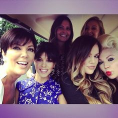 Picture Thief! | Kourtney Kardashian Love Khloe's Hair!!!