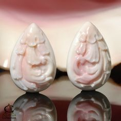 QUEEN CONCH Beautiful Natural Pink SHELL CAMEO Carving Drop EARRING | agustuscollection - Jewelry on ArtFire