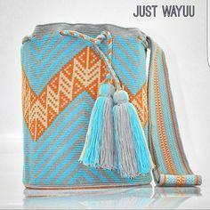 Part of our new collection Handcrafted handbags made by indigenous wayuu in the north of Colombia. Worldwide shipping – envíos mundiales – PayPal WA +57 3188430452 #seoul #ootd #mochilas #wayuu #handmade #boho #hippie #bohemian #trendy #knitting #australia #miami #Handgjord #Handgemacht #Handgemaakt #faitmain #london #australia #wayuubags #winter #Netherlands #handcrafted #fashion #style #france #newyotk #Japan #california #miami #Hæklet #newyork