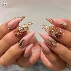 Stiletto Nail Art Designs in 2019 - Nails C Dope Nails, Bling Nails, Fun Nails, Bling Wedding Nails, Stiletto Nails Glitter, Pointed Nails, Glitter Gel, Nail Art Designs, Acrylic Nail Designs