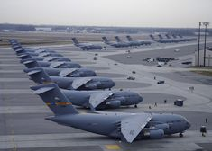 Boeing C-17 Globemaster III - Military, C-17-Globemaster-Squadron.jpg