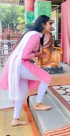 Beautiful Suit, Beautiful Blonde Girl, Beautiful Girl Indian, Beautiful Indian Actress, Bollywood Actress Hot Photos, Bollywood Girls, Indian Girl Bikini, Indian Girls, Spring Fashion Outfits