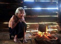 Poor people in Viet Nam :(