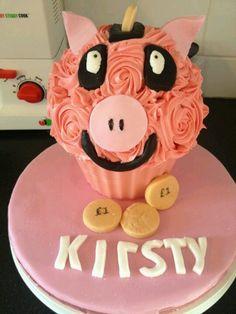 Piggy cupcake xx
