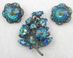 Weiss Blue Margarita Brooch Set - Garden Party Collection Vintage Jewelry