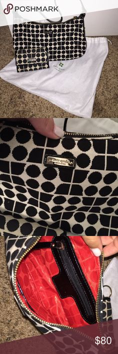 NWOT Kate Spade purse and wallet! Never used Kate Spade purse and wallet! Comes with bag kate spade Bags Shoulder Bags