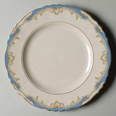 """""""Carvel"""" china pattern with light turquoise blue rim & gold Rococo flourishes from Syracuse. Good China, Syracuse China, Breakfast Tea, China Cups And Saucers, Pattern Images, China Painting, Plates And Bowls, China Patterns, Antique Stores"""