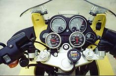 """Motorcycle News """"Instrumental Health"""" - How do you view motorcycle and car safety technology? Bmw Turbo, Inside Car, Bmw Scrambler, Motorcycle News, Cool Cafe, Bmw Motorcycles, Café Racers, Bike, Instrumental"""
