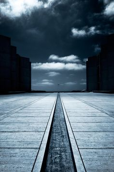 Salk Institute HangGlider