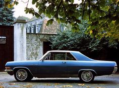 1965-1967 Opel Diplomat V8 coupé Ultra rare, only 300 ever made by Karmann. Strangely, it never made it to an Opel calendar.