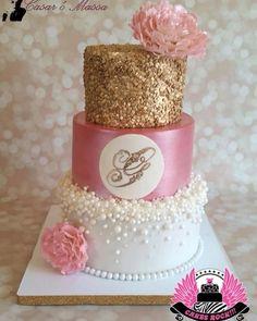 Inspiração de bolo para o chá de lingerie com as amigas! #chadelingerie #bolo #cake #bolochadelingerie #bridal #casandoemsalvador