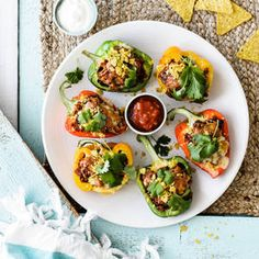 With just 10 minutes of prep, these Southwest Avocado Chicken Salad Lettuce Wraps are a heart-check certified recipe that& beyond delicious and flavorful! Easy Vegetarian Stuffed Peppers, Zucchini Tarte, Honey Sriracha Chicken, Avocado Deviled Eggs, Chicken Rice Bowls, Avocado Health Benefits, Avocado Chicken Salad, Lettuce Wraps, Tex Mex