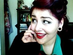 Vintage Pin-Up Tutorial for Short Hair