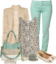 turquoise and leopard print top. Duyn here's an outfit for you and your mint skinnies :) Style Outfits, Mode Outfits, Casual Outfits, Fashion Outfits, Fashion Bags, Stylish Eve Outfits, Casual Jeans, Casual Clothes, Winter Clothes