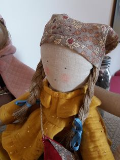 Le blog de Plume de lin - bienvenue dans mon petit atelier...des petits points....des aiguilles et de la patience..... Points, Patience, Blog, Chiffon, Big Hats, Welcome, Atelier, Silk Fabric, Sheer Chiffon