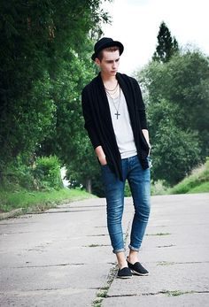 H Cardigan, Necklace With Cross, Black Espadrilles