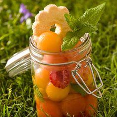 La salade de fruits et ses sablés - 10 recettes pour un pique-nique bucolique - Cuisine Actuelle