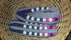 Knitted Slippers, Friendship Bracelets, Beanie, Socks, Facebook, Patterns, Jewelry, Fashion, Shoes