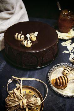 Medovo Čokoládový Koláč podľa Nigelly Nigella, Sweet, Desserts, Food, Cakes, Candy, Tailgate Desserts, Deserts, Cake Makers