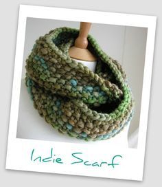 This chunky Indie Scarf is perfect for fending off cool weather. Find the free knitting pattern here.