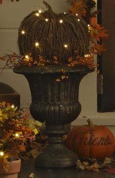 Autumn decor - too cute and reminds me of my momma :)