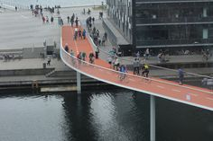 Galeria de Bicycle Snake / DISSING+WEITLING Architecture - 2