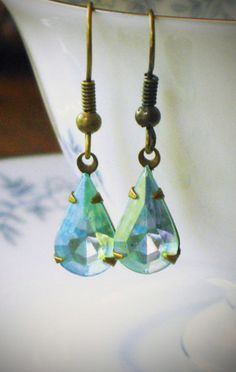 Vintage Rhinestone Earrings Aqua Blue Pear jewelry