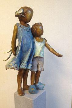 David & Sophie  Bronzen beeld van Babke Moelee