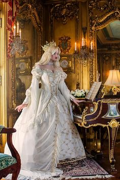 Medieval Wedding Gowns, Marie Antoinette Gowns, Gothic Wedding Gowns at RomanticThreads Pretty Dresses, Beautiful Dresses, Robes Disney, Medieval Wedding, Gothic Wedding, Geek Wedding, Celtic Wedding, Sleeping Beauty Princess, Sleeping Beauty Dress