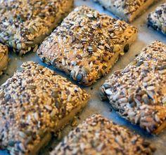 - Fröbullar - rye/wheat-sourdough seed flat buns