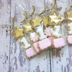 Twinkle Twinkle Little Star ⭐️✨⭐️️ Mini Star cutter from @thesweetdesignsshoppe