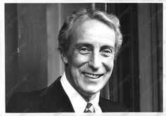 1976 Ian Richardson