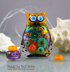 RESERVED for V.         Miss Sunshine - This small Set includes a sculptural Cat bead plus 4 smaller beads made by Michou P. Anderson