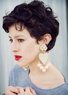 The best collection of Popular Curly Pixie Cuts latest and best curly pixie cut, Short curly pixie hairstyles for Short Wavy Haircuts, Short Curly Pixie, Haircuts For Curly Hair, Curly Hair Cuts, Curly Hair Styles, Short Curls, Summer Haircuts, Curly Crop, Haircut Short