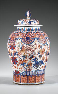 Grande potiche couverte en porcelaine imari, Chine, Dynastie Qing, XVIIIesiècle