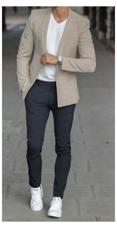 Mens Casual Dress Outfits, Blazers For Men Casual, Blazer Outfits Casual, Smart Casual Menswear, Business Casual Men, Stylish Mens Outfits, Smart Casual Men Work, Mens Casual Suits, Mens Club Outfit