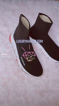 Luxury Closet, Workout Shoes, Red Shoes, Luxury Living, Basketball Shoes, Buy Now, Casual Shoes, Fashion Shoes, Hats