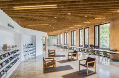 "El Roure"" Community Centre and ""La Ginesta"" Library Calderon Folch Sarsanedas arquitectes"