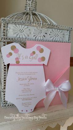 Rosa y oro con temas bebé ducha invitación  por BeautifullyInviting
