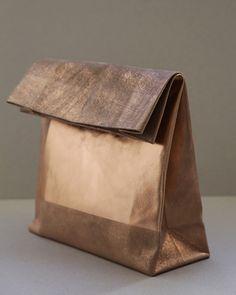 Image of SACO DE PAPEL GRANDE/+ copper square