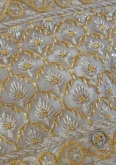 Zardosi Embroidery, Tambour Embroidery, Bead Embroidery Patterns, Hand Work Embroidery, Embroidery Fashion, Hand Embroidery Designs, Beaded Embroidery, Tambour Beading, Wedding Hands