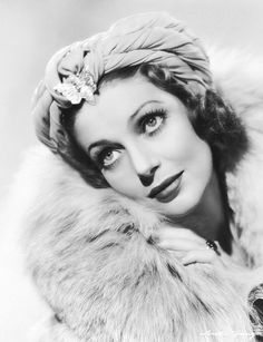 Actress Loretta Young Art Print by Underwood Archives Vintage Movie Stars, Vintage Movies, Classic Hollywood, In Hollywood, Hollywood California, Old Hollywood Actresses, Classic Actresses, Loretta Young, Young Art