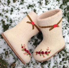 Baby Slippers, Felted Slippers, Womens Slippers, Wool Shoes, Felt Shoes, Art Boots, Shoe Boots, Nuno Felting, Needle Felting