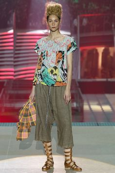 Vivienne Westwood | Spring 2014 Ready-to-Wear Collection | Style.com