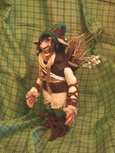 Duende doméstico Fictional Characters, Etsy, Art, Elves, Fantasy Characters, Woods, Cold Porcelain, Sacks, Hand Made