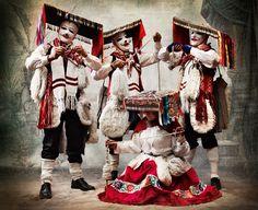 Costumes de danse Qhapaq qolla, district de Paucartambo, Cuzco.