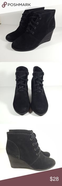 "Lucky Brand Black Suede Wedge Ankle Boot 8 Lucky Brand Black Genuine Suede Wedge Ankle Boot Bootie  No size marker that I can find. Fits Size 8 Heel height 3"" Sole length 9"" Lucky Brand Shoes Ankle Boots & Booties"