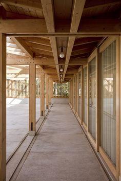 El pabellón bien amplio | @Txema Ybarra | #madera #techo #design #arquitectura